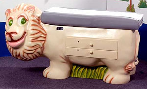 Pediatric Examination Table Lion - PediaPals